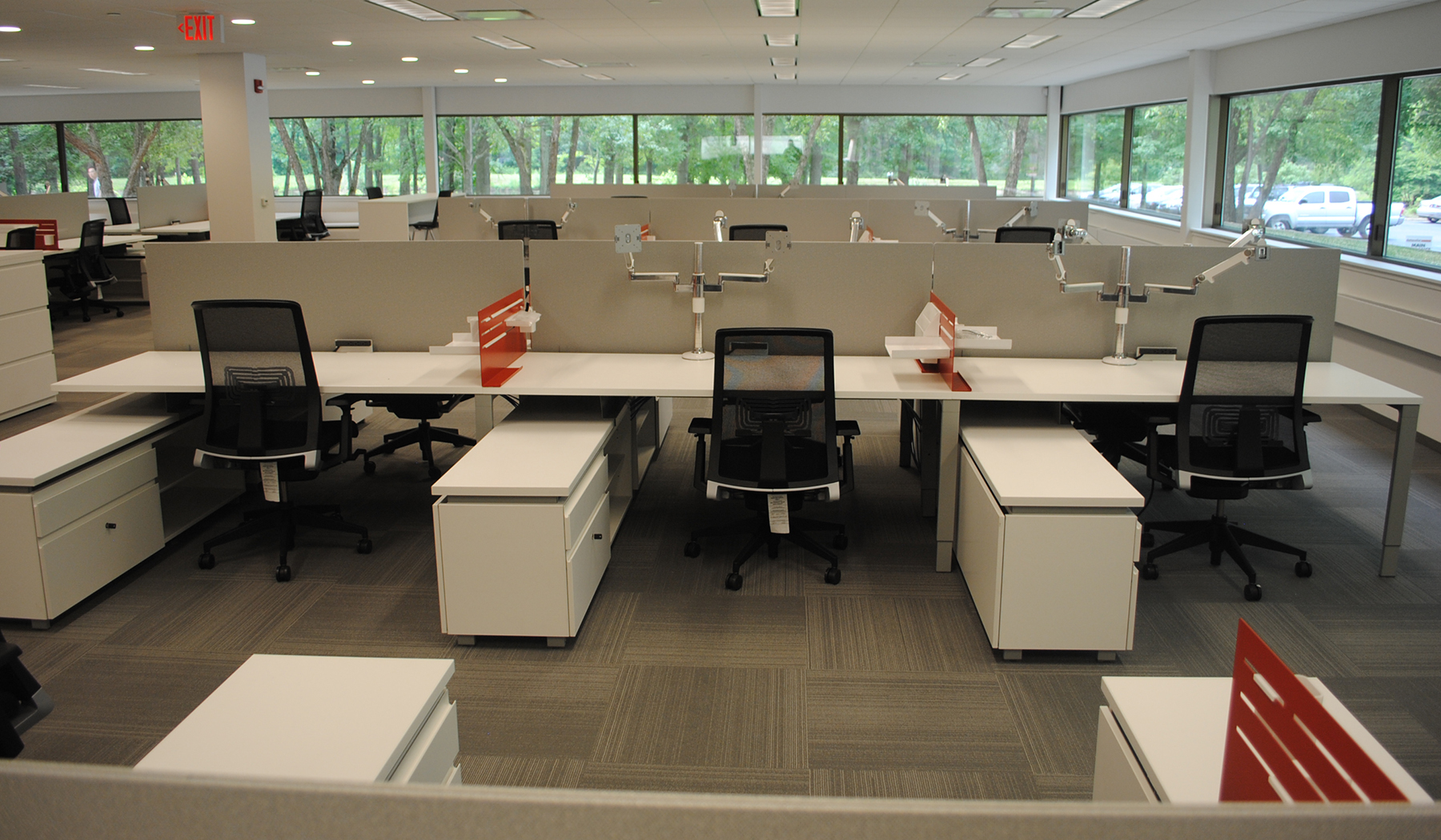 Bellia Office Furniture